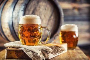 Sau cú vật tay để cá độ uống bia… đòi bồi thường hơn 1 tỉ đồng